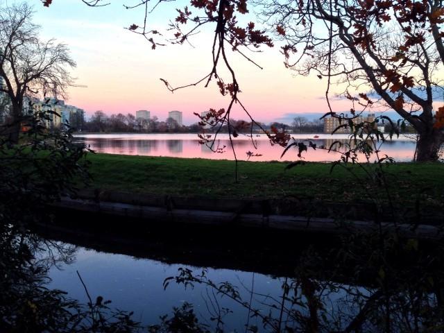 Dusk over Stoke Newington's West Reservoir