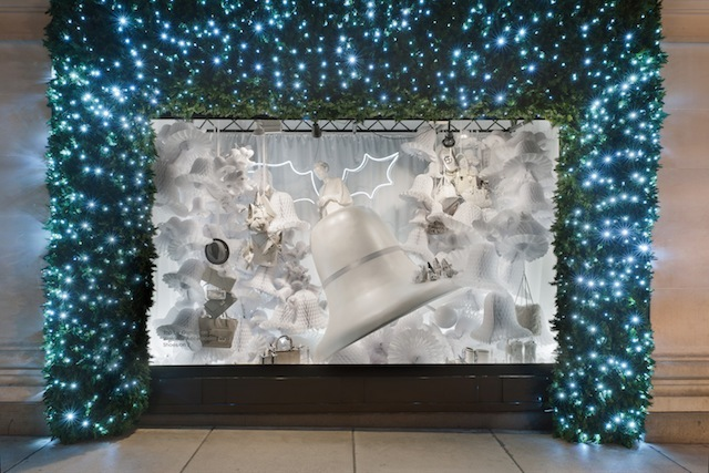 Back in 2011, Selfridges was selling us a dazzlingly white Christmas. Inspirations for the windows was said to range from Nordic fairytales to Busby Berkeley movies. This particular display has a sci-fi theme going on, with Yuletide bells transformed into a skyful of flying saucers.