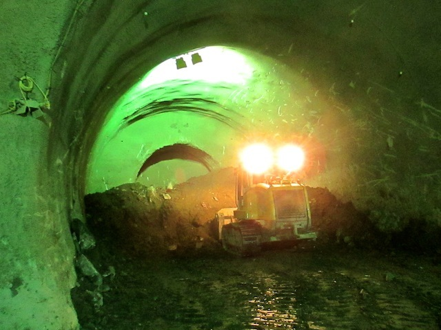 Removing spoil from the western end of the east-bound tunnel.