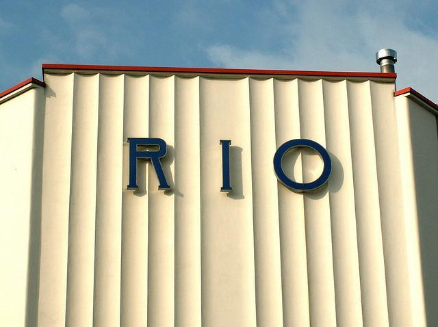 Art Deco Rio Cinema, by Gaz-zee-boh