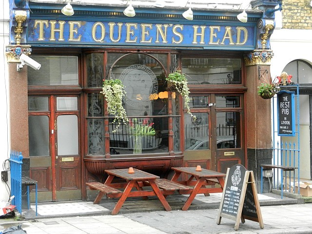 "A sign outside the Queen's Head modestly declares it to be ""the best pub in London""."