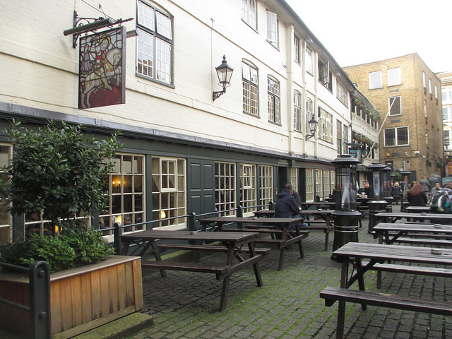 Even mid-winter, the spacious courtyard attracts a few hardy drinkers.