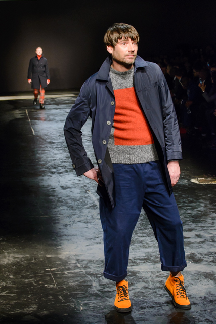 Alex James channels Igor at the otherwise stylish Oliver Spencer show.