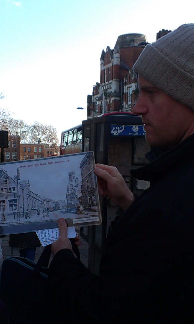 Sam Roberts giving a tour of Stoke Newington past and present. (Photo: S. Stewart