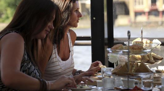 tea-cruise-2.jpg