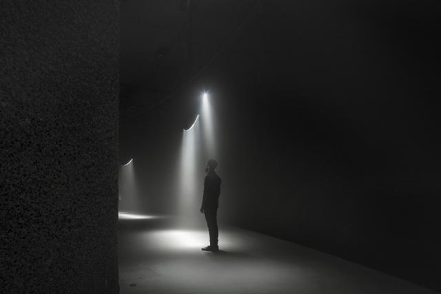 United Visual Artists Momentum. The Curve, Barbican 2014. James Medcraft