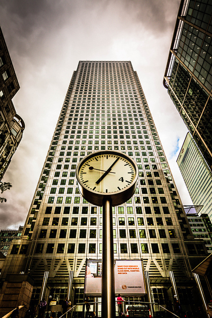 Canary Wharf Clock by Api Bier via flickr
