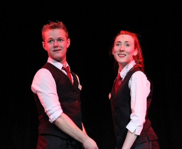 tn-500_ushersthefrontofhousemusicalrossmcneill(stephen)&carlythoms(lucy)photoleighlothian1