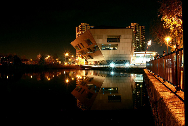Canada Water Library & Dock at night by Barney Moss via Flickr