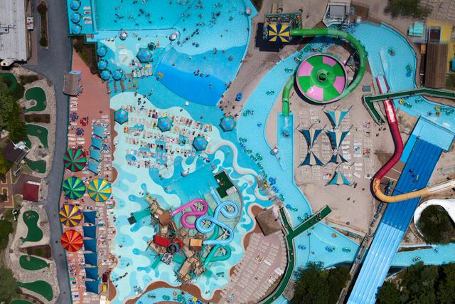 Ocean City Amusment Park, Ocean City, MD 2011. Copyright © Alex MacLean,  Beetles+Huxley