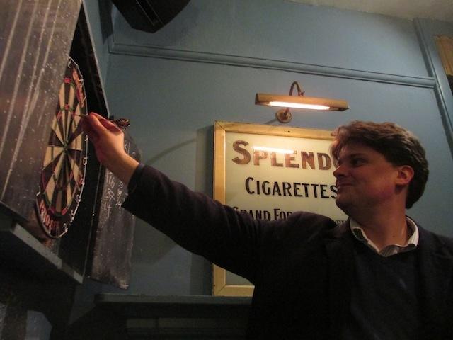 Londonist's Jonn redefines the oche.