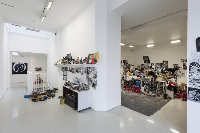 Joyce Pensato, Joyceland. Installation view. Image courtesy the artist and Lisson Gallery