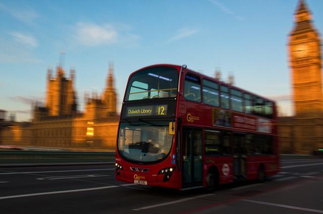 bus_100414