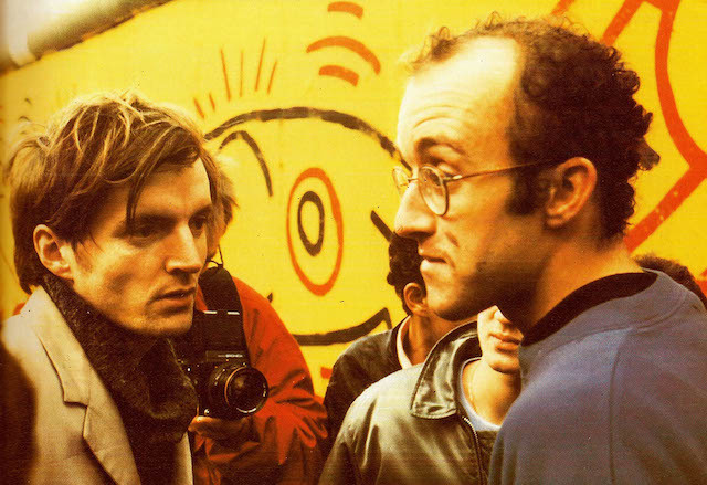 Keith Haring meets Thierry Noir in 1986.