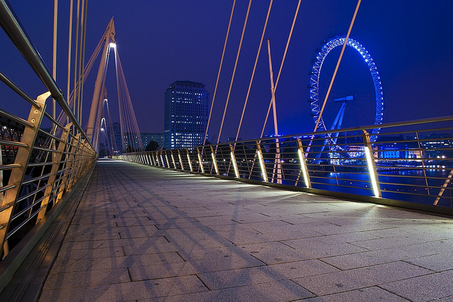 A deserted Golden Jubilee Bridge, by Irina_C on Flickr