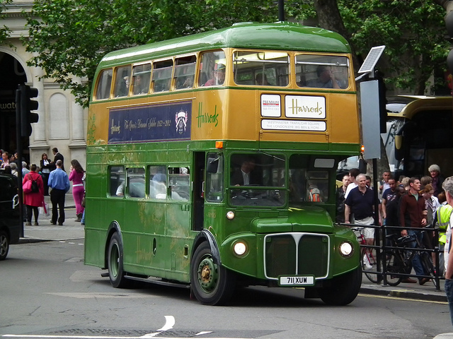 Harrods special double-decker green bus, by Ken on Flick.
