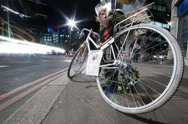 Cyclist Dies In Collision With HGV At Ludgate Circus