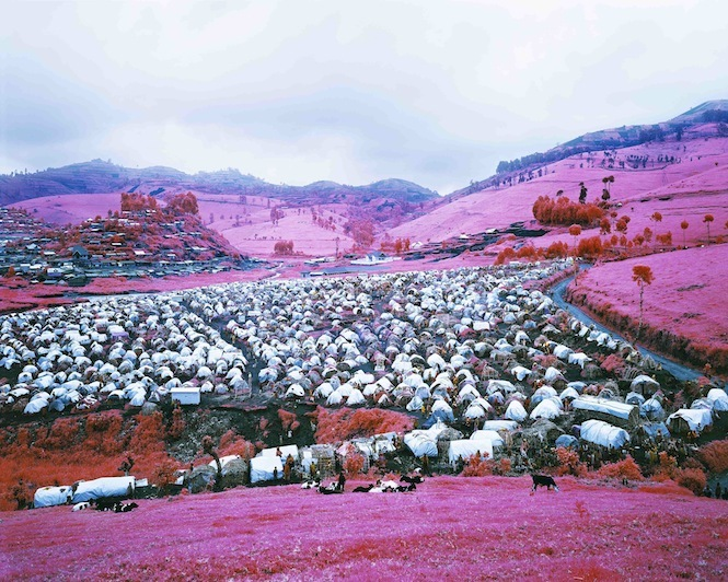 Richard Mosse, Thousands are Sailing II, 2012. Image courtesy the artist.