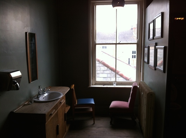 The gents toilet has an unusual seating arrangement for anyone looking for a candlelit tete-a-tete in the water closet.