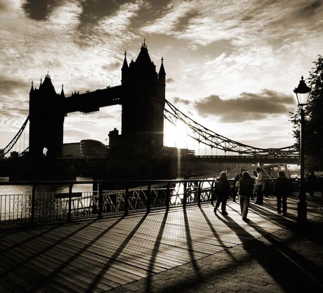 Tower Bridge by Veronique Robin