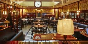 New Restaurant Review: Fischer's