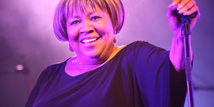 Gospel Heroine Mavis Staples To Spend Her 75th In Islington