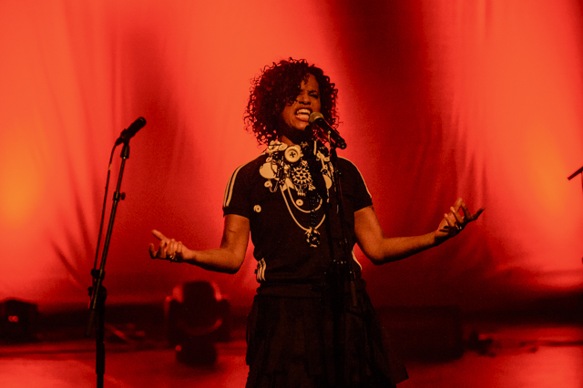 A fiery set from Neneh Cherry. Photo by Jose Farinha.