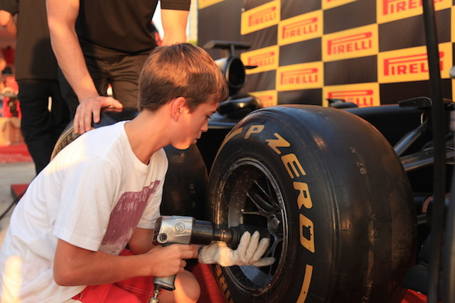 Test your speed with the Pit Stop Challenge