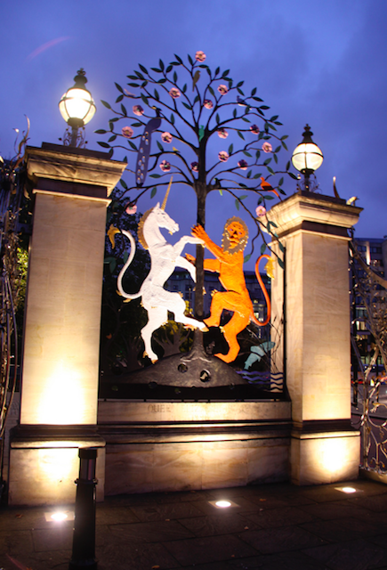 Queen Elizabeth Gate in Hyde Park by Jonathan Zurick.