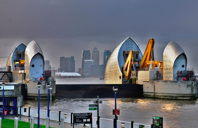 Thames Barrier shuts gate by Dave Banbury