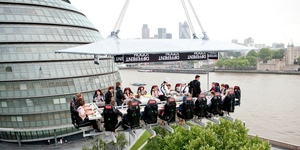 Dine Suspended 100ft In The Sky In Canary Wharf