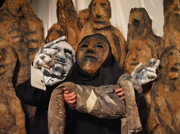The Bread and Puppet Theatre, Tableau of three puppets Photo © Jonathan Slaff