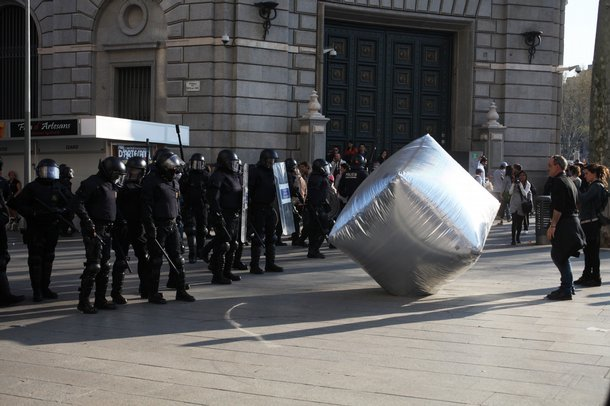 Inflatable cobblestone, action of Eclectic Electric Collective in co-operation with Enmedio collective during the General Strike in Barcelona, 2012 © Oriana Eliçabe/Enmedio.info