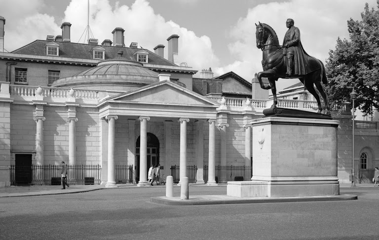 Statue of the Field Marshall Earl Haig, Whitehall. From EH Archive.