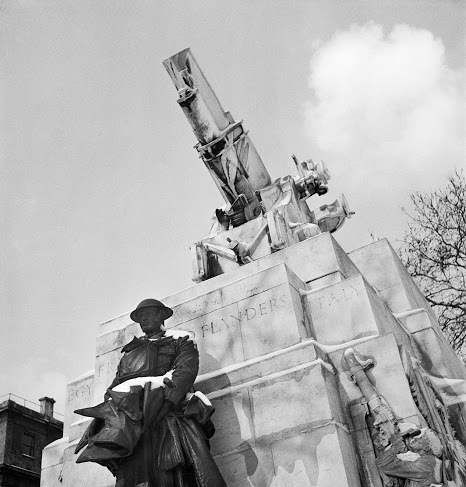Royal Artillery Memorial, Hyde Park Corner, from EH archive.