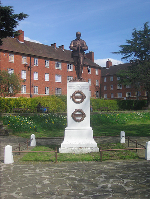 The War Memorial at Streatham Common, by Matt Brown.