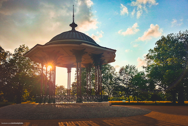 Clapham Common bandstand by Clwn