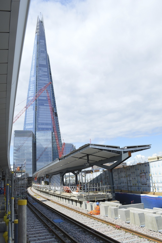 Disruption at london bridge station what 39 s happening for Design agency london bridge
