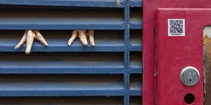 Empty The Cages: Dan Witz's Street Art Highlights Animal Cruelty