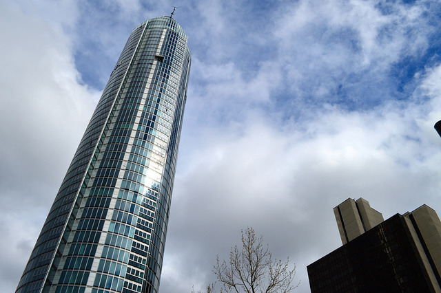 Runner-up: Vauxhall Tower. Image by M@.