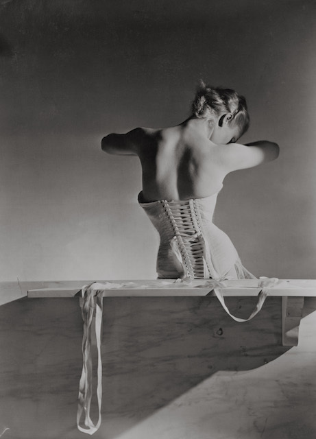 Corset by Detolle for Mainbocher, 1939 © Conde Nast/Horst Estate