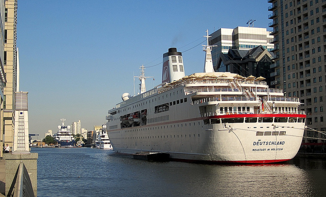 MS Deutschland in Canary Wharf back in 2012, by Andy Worthington