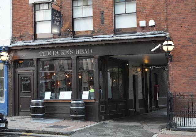 The Duke's Head sometimes host swearings. Photo: M@