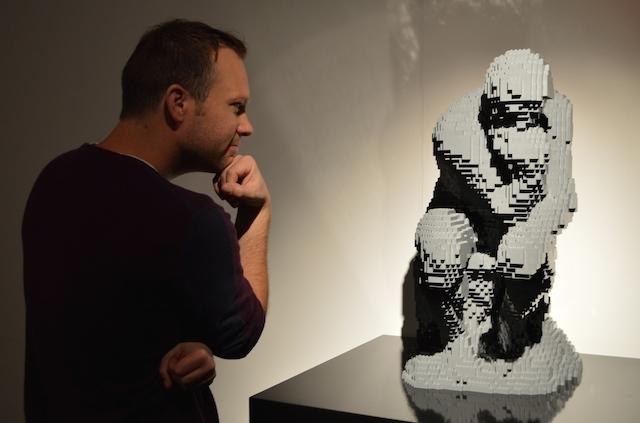 Londonist Stu ponders a Lego Rodin.