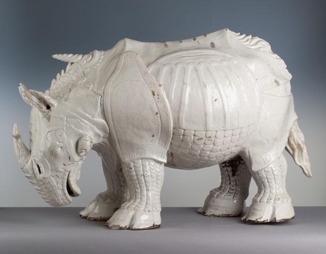 Porcelain rhinoceros based on Dürer's print. Made by Johann Gottlieb Kirchner. Photo: Herbert Jäger.