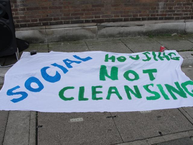 Banner outside Bow County Court