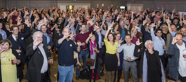 Over 300 people raise a Londonist 'L' in toast of our 10th birthday