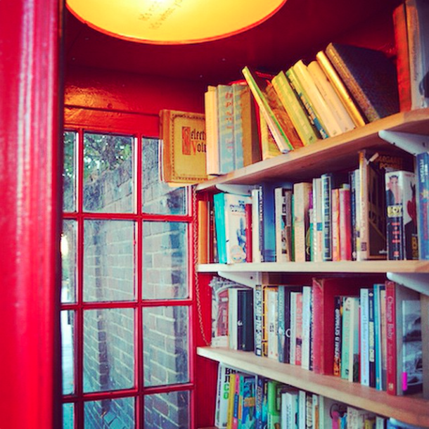 A look inside the Lewisham Micro Library, housed inside an old K2 phone box.