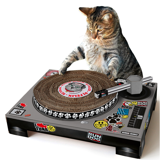 CAT SCRATCH DJ DECKS - £20