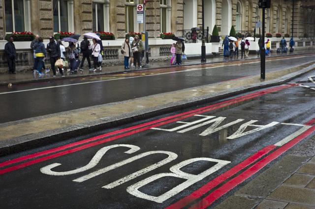 Buckingham Palace Road, SE1, by Del Barrett